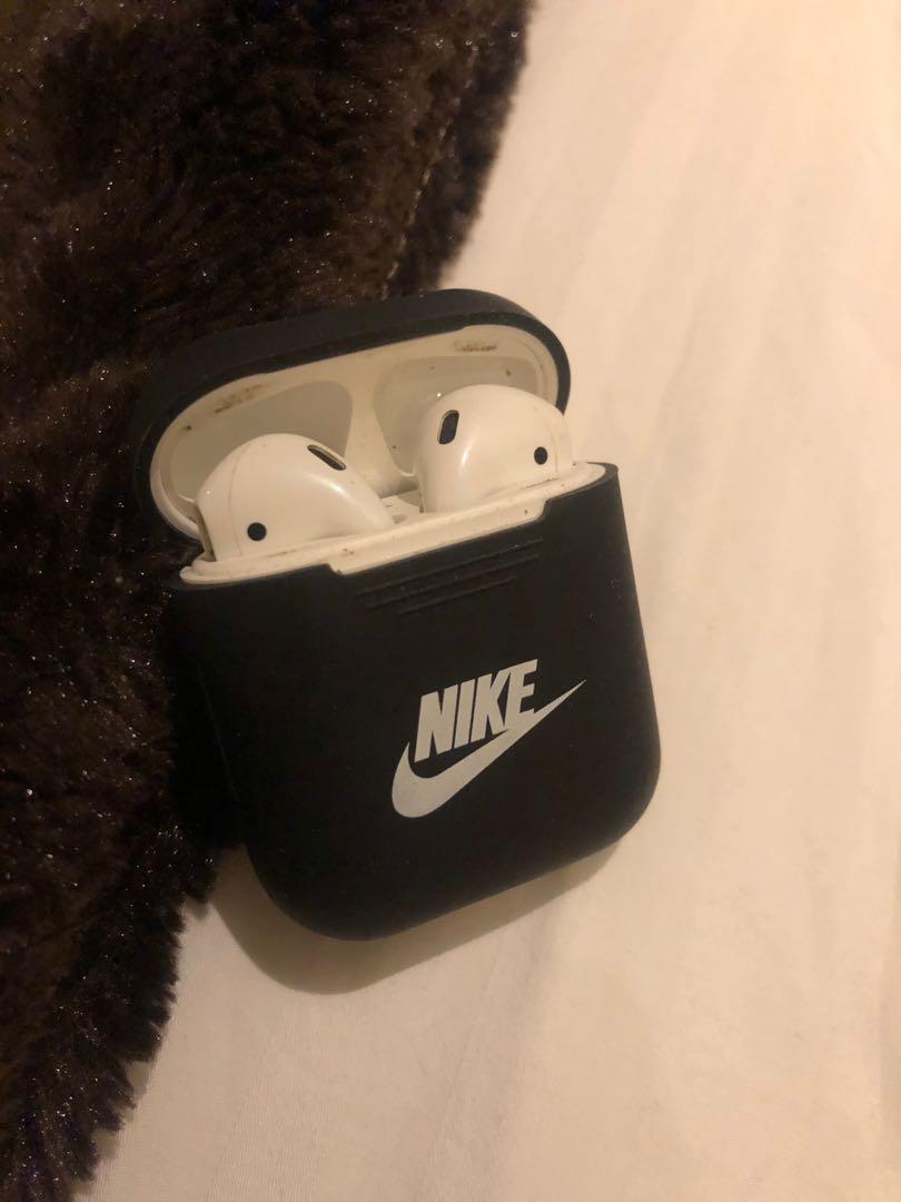 Apple Air pods 2nd generation
