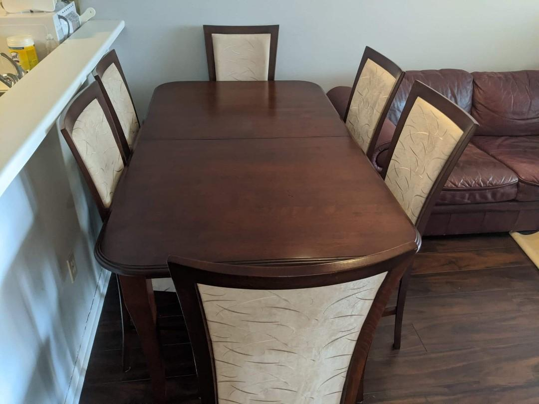 Dinner Wooden Table 6 Chairs and Extention
