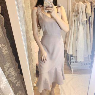 dusty purple fluted hem dress