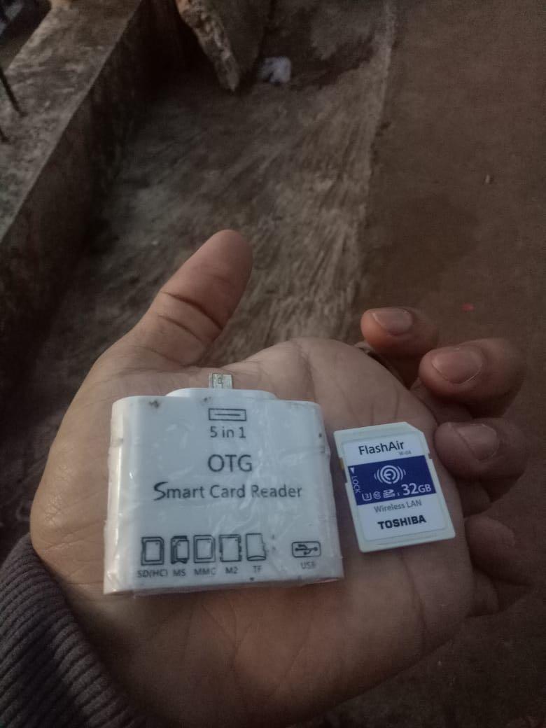 OTG Smart Card Reader 5 in 1+FlashAir Toshiba 32GB ALL IN