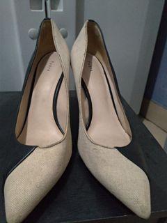 Preloved sepatu edisi bongkar lemari serba 100rb original