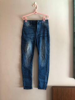 Pull and bear high waisted denim jeans