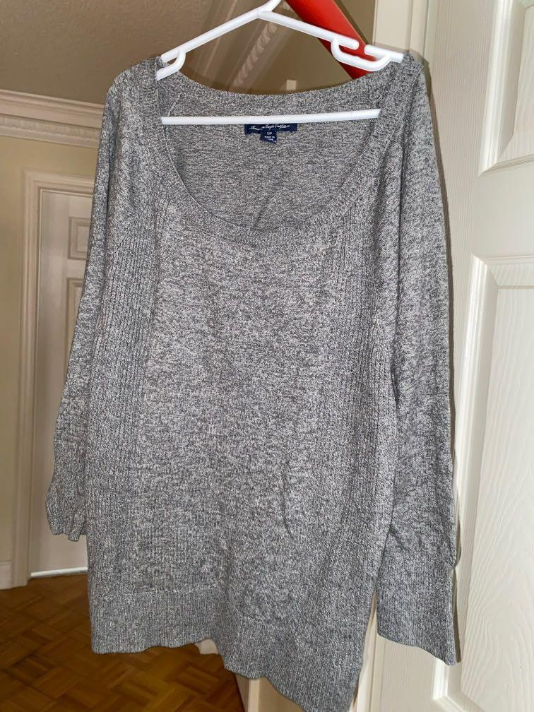 Grey long sleeve - American Eagle
