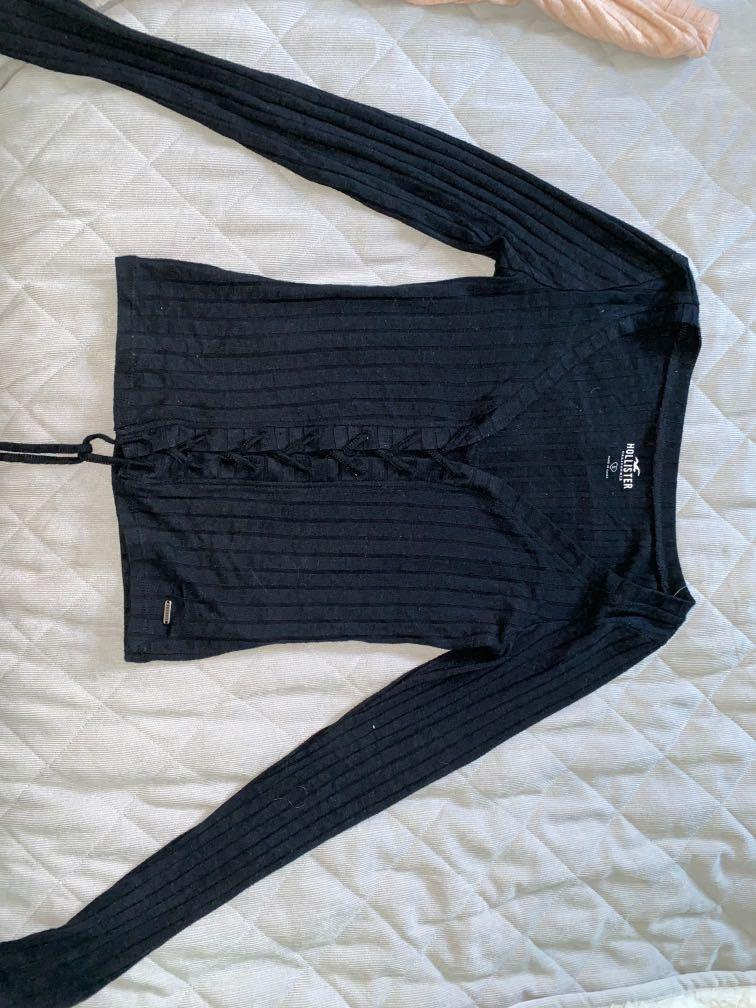 Hollister long sleeve shirts (pink and black)