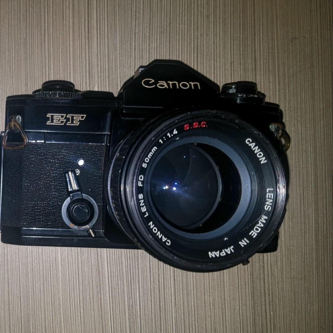 Kamera Analog SLR Canon ef + Lensa Canon ssc 50mm 1.4