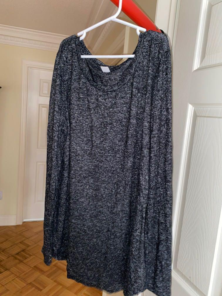 Old Navy - dark salt and pepper long sleeve shirt!