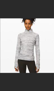 Outrun the Elements Lululemon 1/2 Zip Size 6