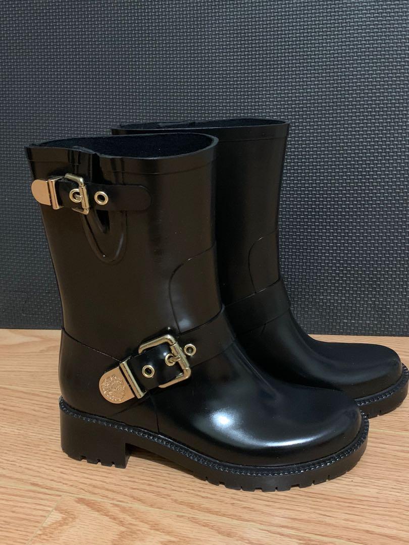 Vince Camuto Rainboots Size 5