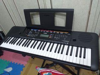 已售出。SOLD.SOLD山葉 電子琴 PSR- E263 YAMAHA 非PSR-400 E-A7 WPA-1 MG10 PM-10 電吉他喇叭TD-4KP TD-9K TD-1KPX 2電子鼓