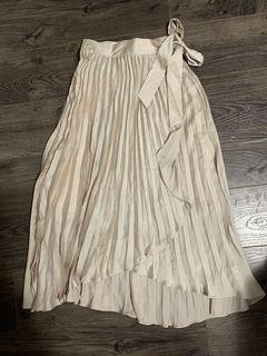 H&M skirt NWT size 0