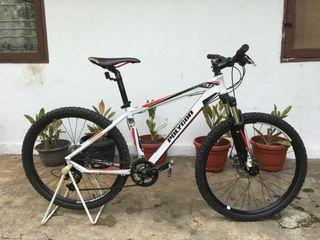 Sepeda Polygon Xtrada 3.0