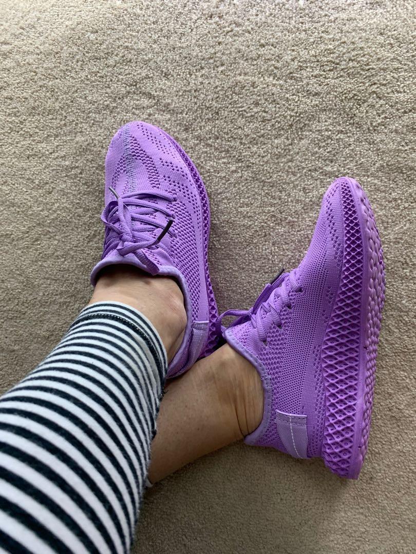 Purple sock runnners 6.5