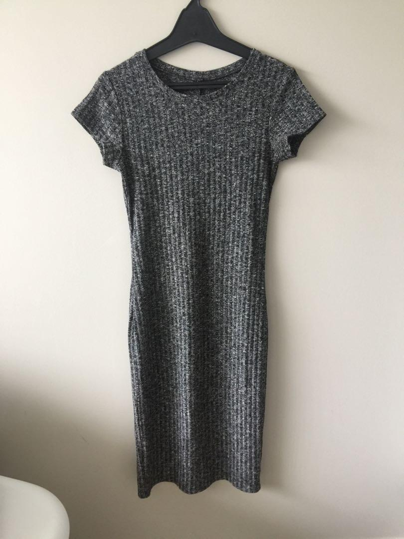 Ribbed grey bodycon dress