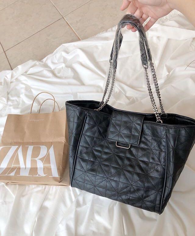 Zara Rocker Tote Chain