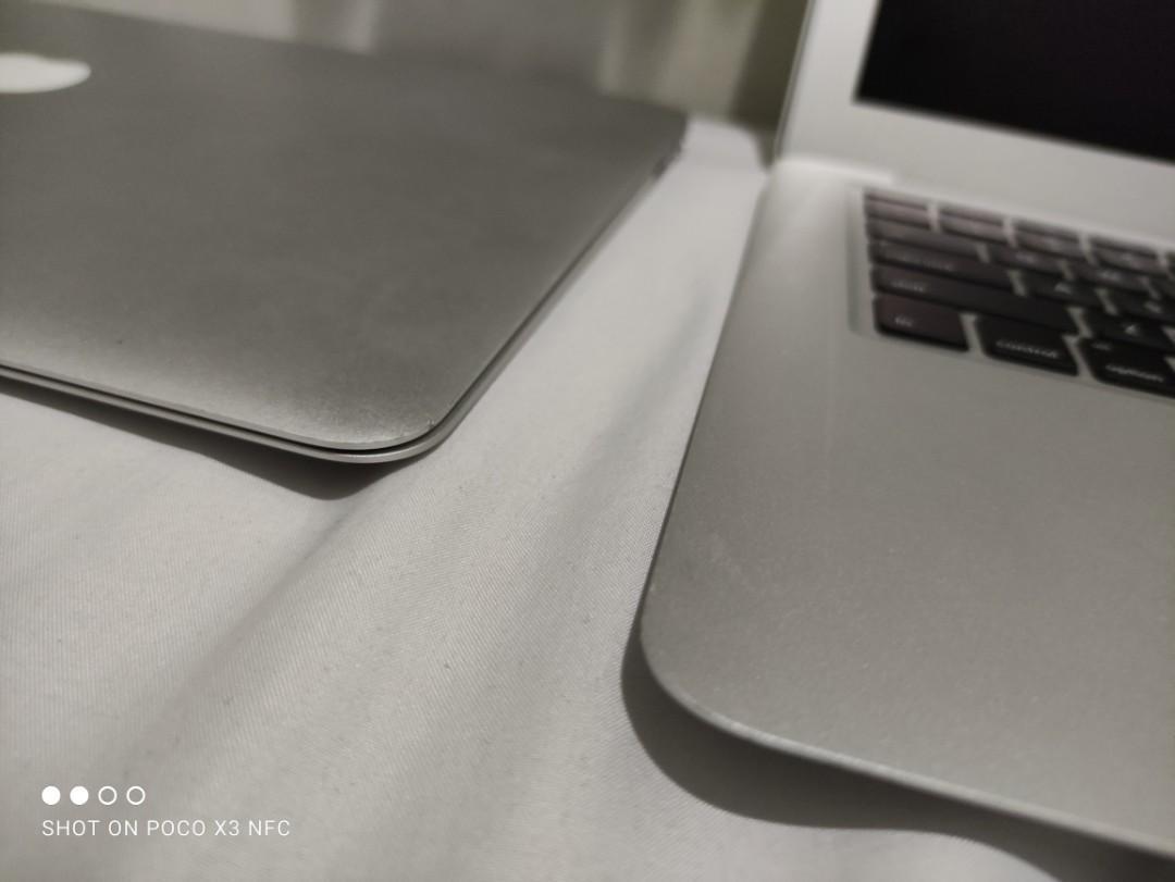Macbook air 13.3inch 2015 Ram 8gb SSD 128gb