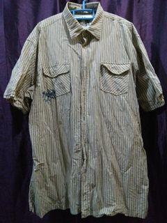 Man cream short sleeve shirt