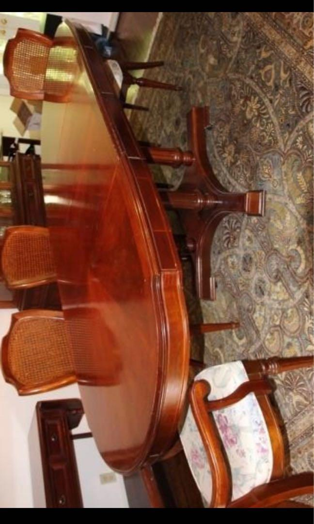 SALE: solid mahogany dining set - very good cond - clean and polished