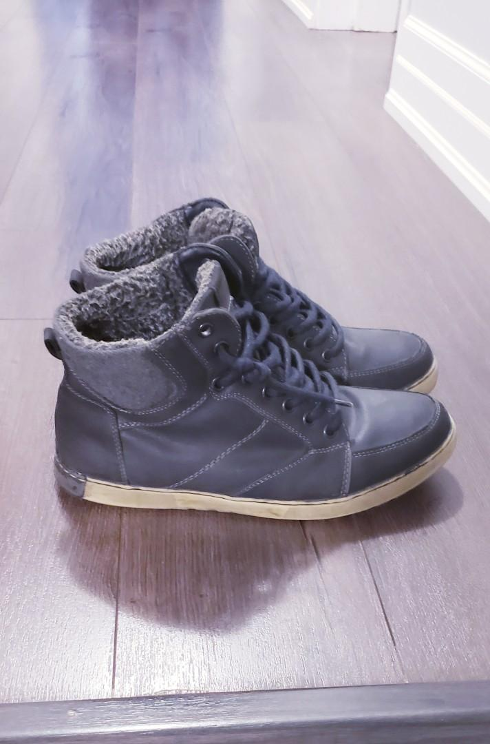 Size 9.5 Leather Boots