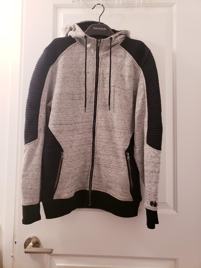 Size M Men's CHAMPS Hoodie Sweater