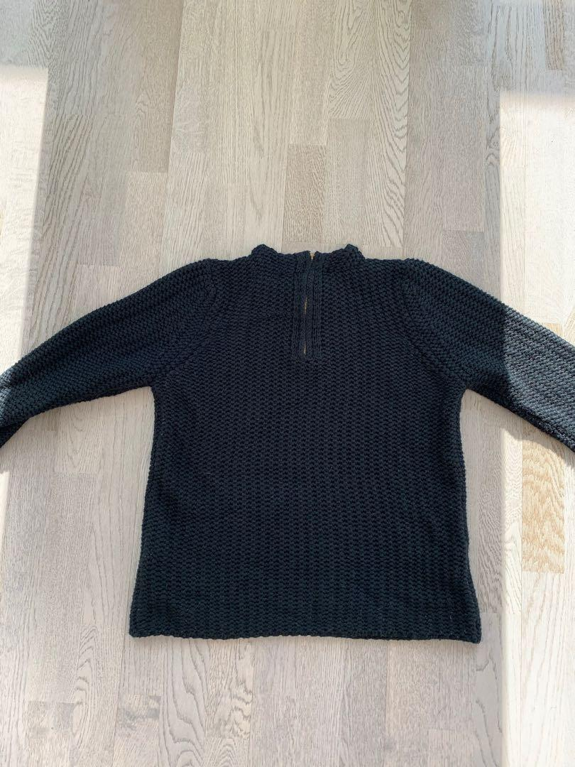 Zara Knit Sweater - Large