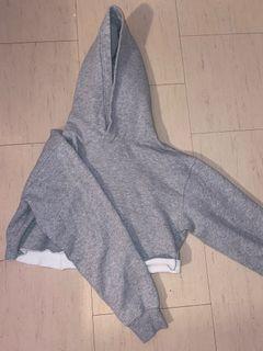 Aritzia/TNA Cropped Sweater