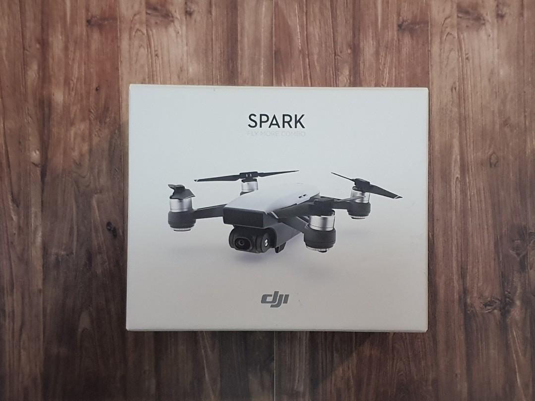 DJI Spark Fly More Combo (Mint Condition)