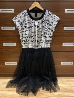 MOMA洋裝
