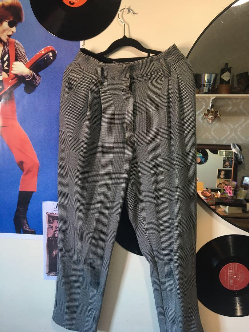Plaid pants- size US 6