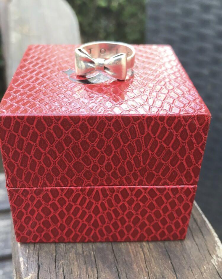StolenGirlFriend Ring