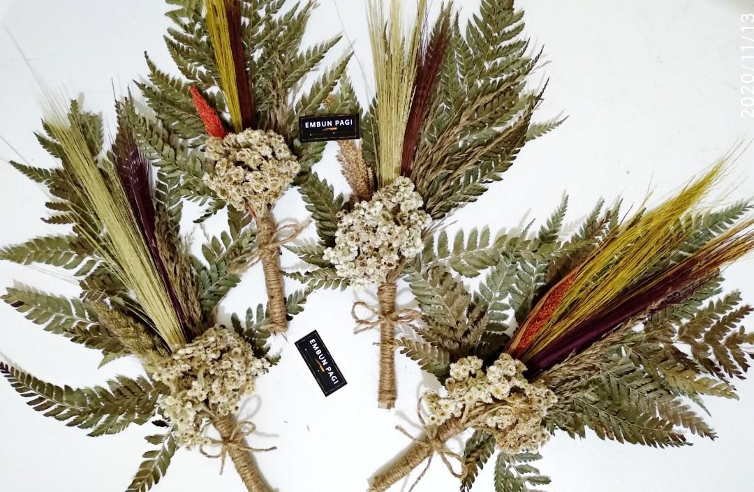 Bouquet bunga kering / dried flower / kado wisuda / bouquet  wisuda /buket wisuda
