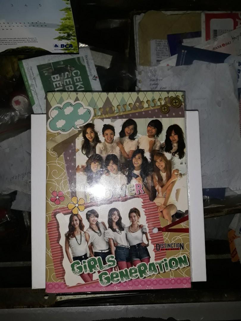 Buku tulis SNSD Girls' Generation