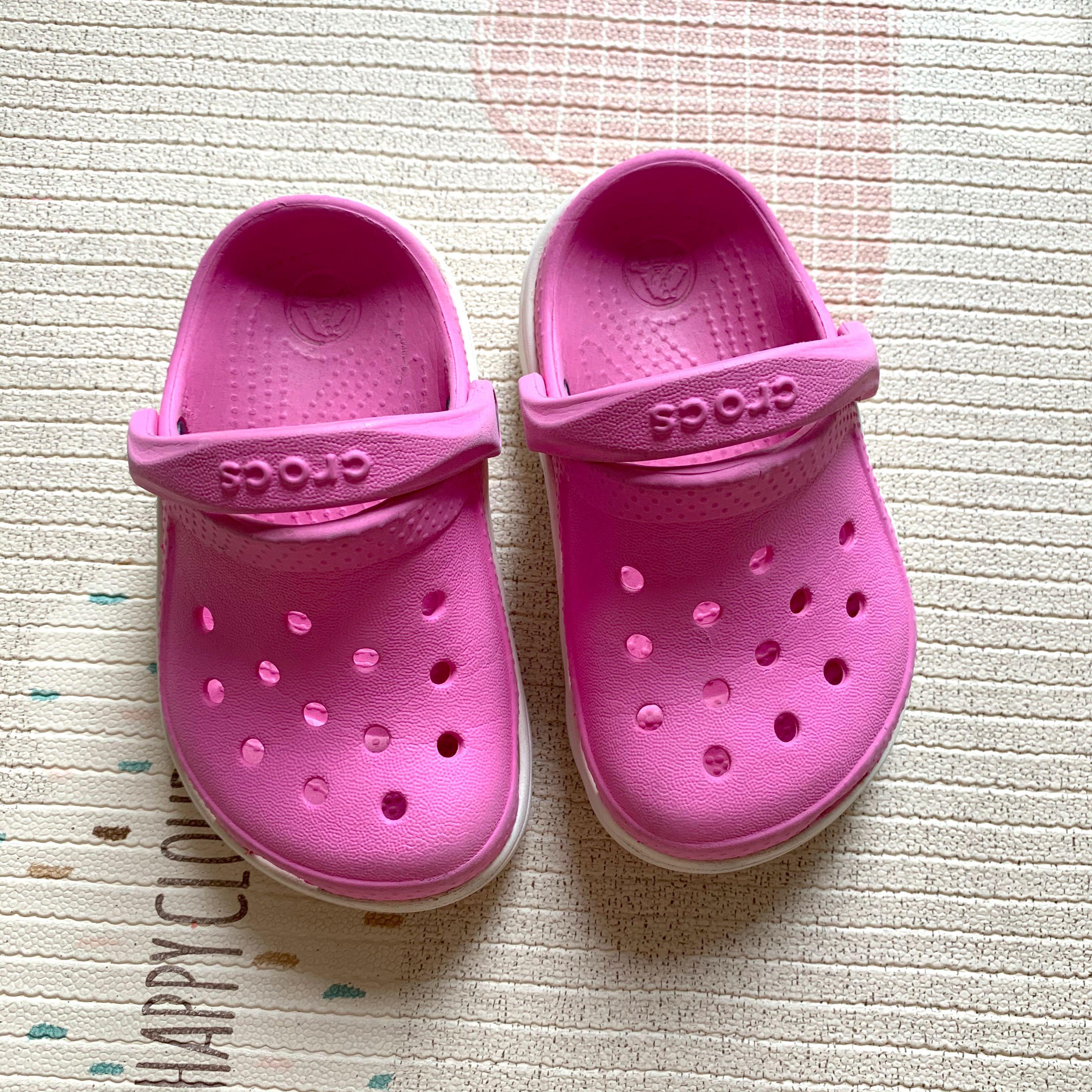 Crocs clogs for girls size 6/7, Babies