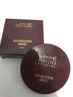 lakme skin compact