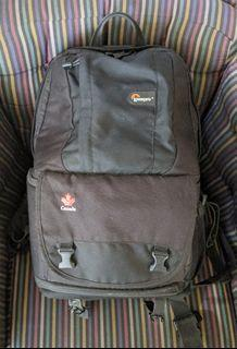 Lowepro backpack w/laptop compartment