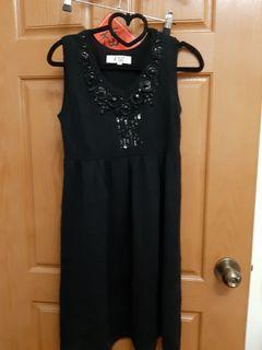 流行秀針織洋裝