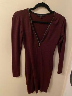 Bodycon maroon dynamite dress