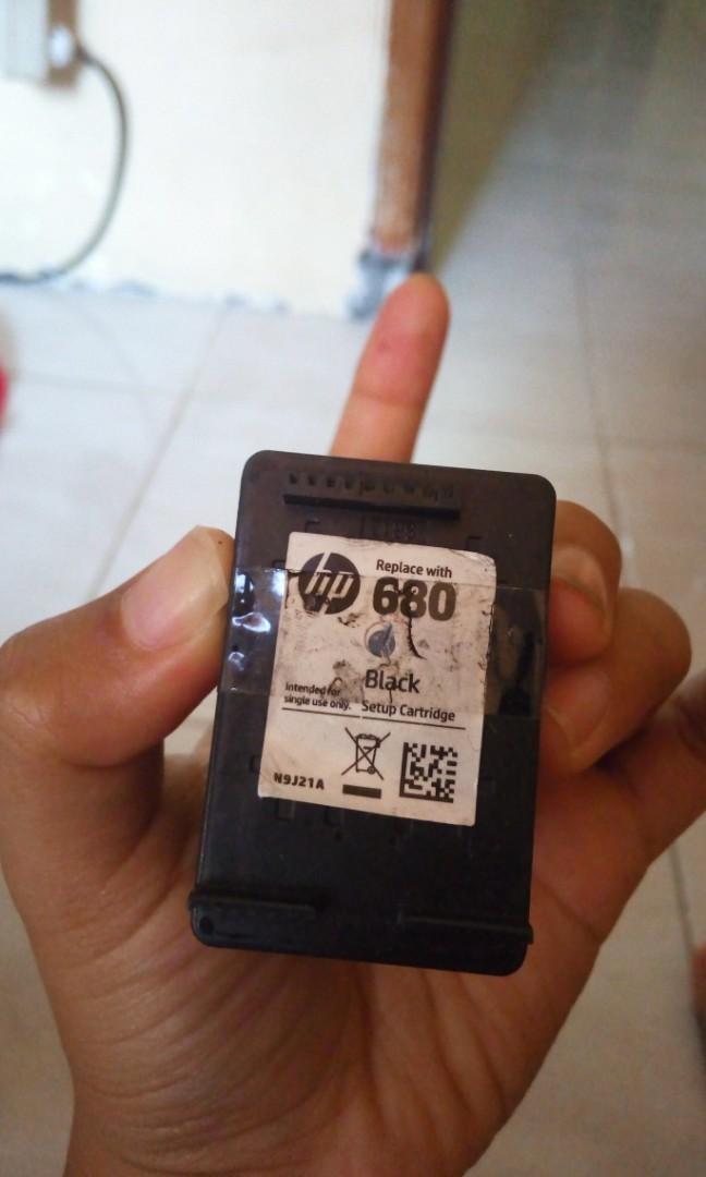 Cartridge hitam Hp 680