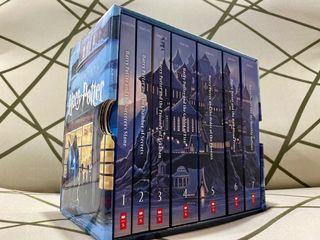 BRANDNEW Harry Potter Series Box Set Castle Edition