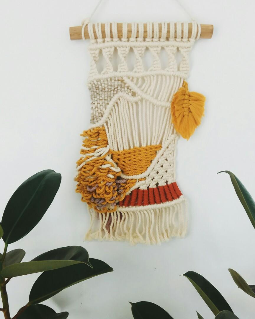 Macrame weaving hiasan dinding