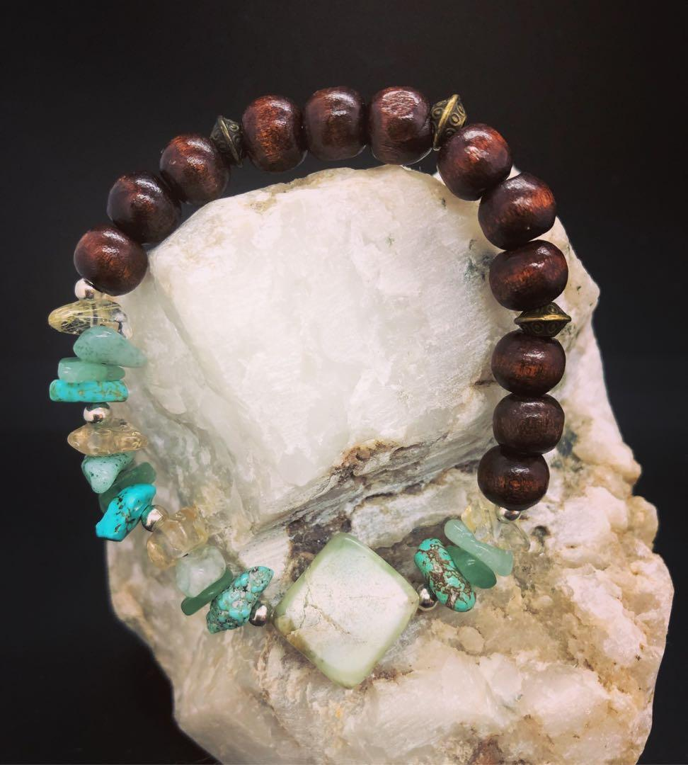 Turquoise and wooden stretch bracelet