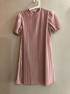 Young Hungry Free YHF Shift pink dress