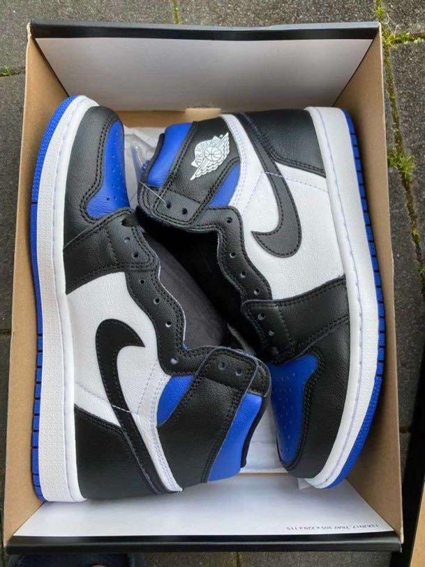 Air Jordan 1 royal toes