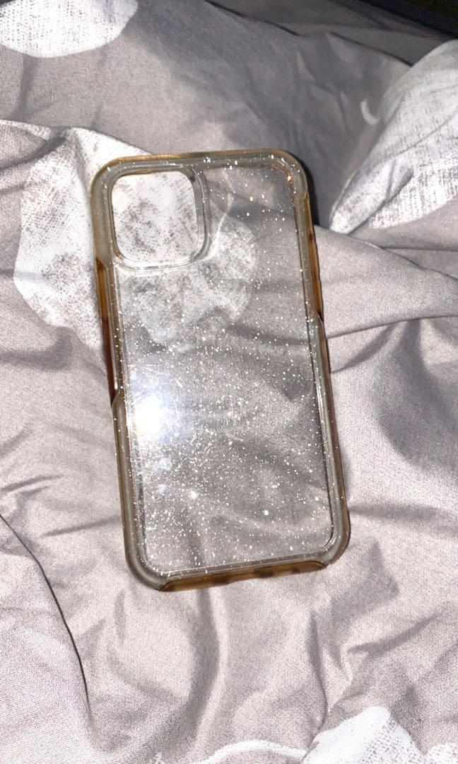 Used iPhone 11 Pro Stardust/Sparkly Clear Otterbox