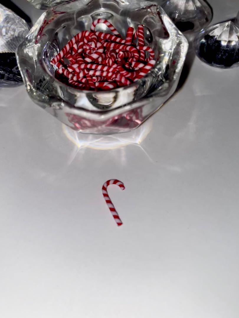 Candy cane nail charms / decoration