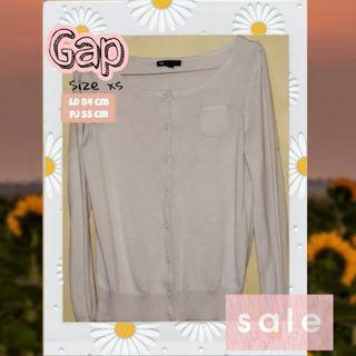 cardigan Gap