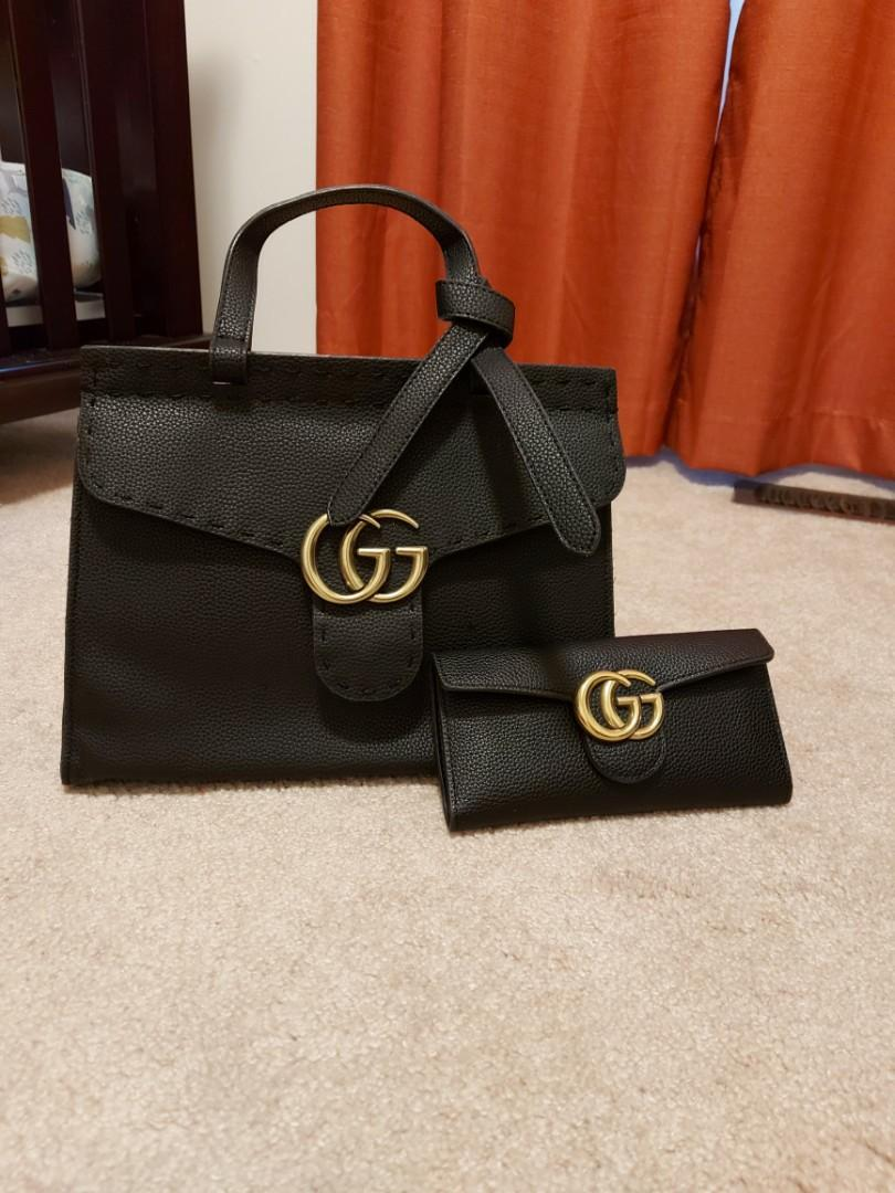 Gucci wallet purse set
