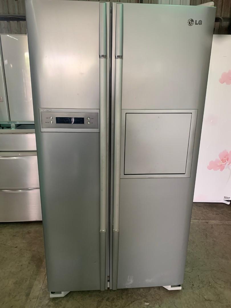 二手中古樂金679公升LG對開冰箱,型號GR-H68S,保固3個月,line帳號chin0290,電0955318576