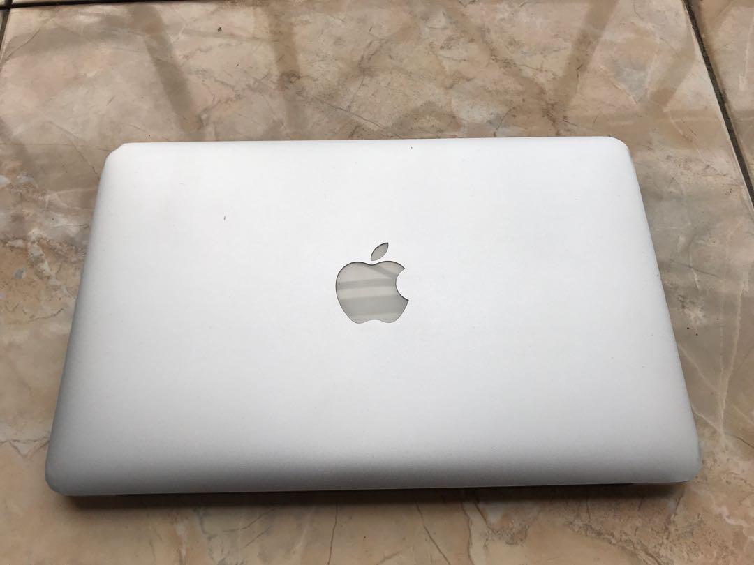 "Macbook Air 11"" MID 2012 Murah aja"
