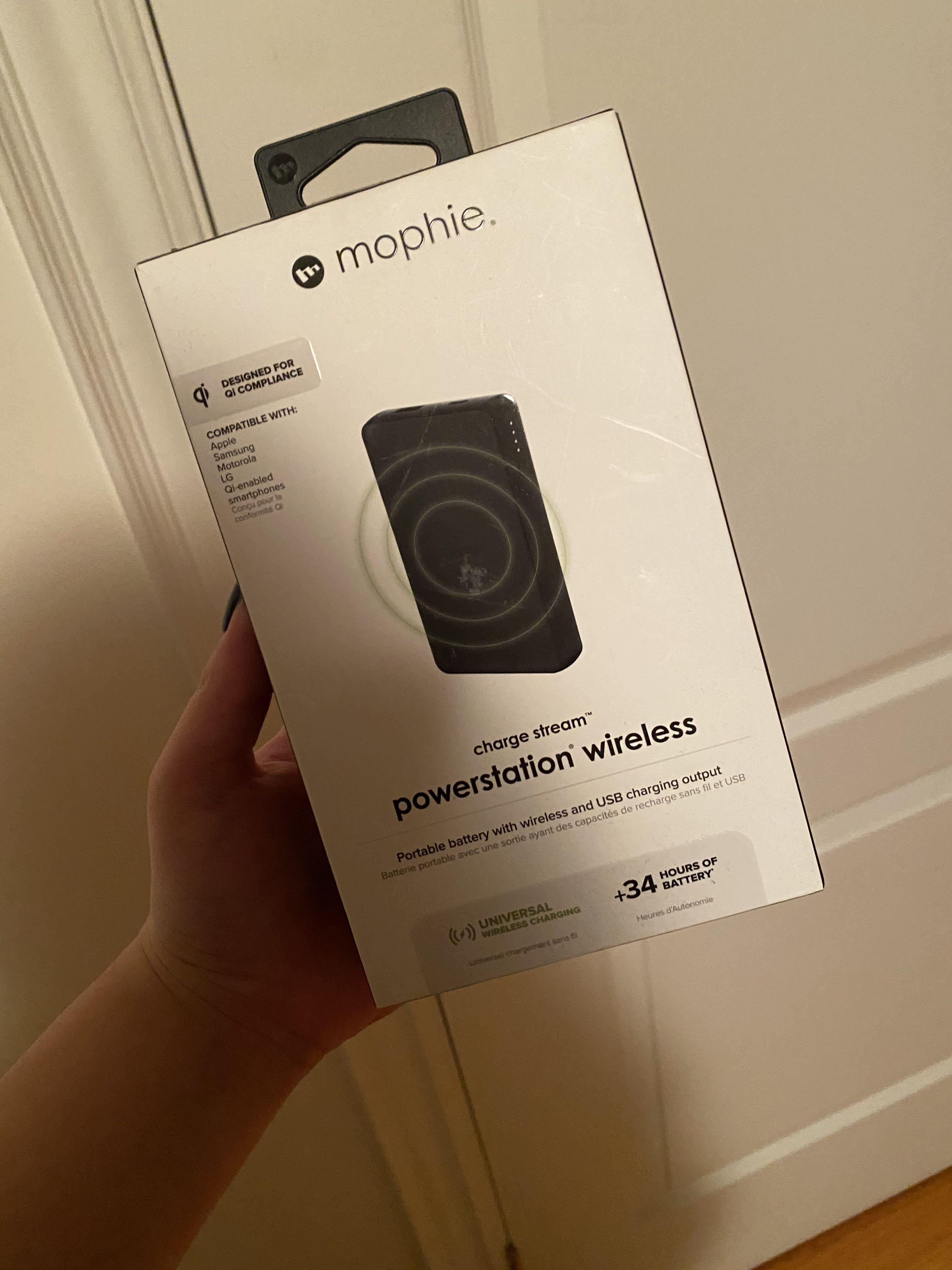 MOPHIE CHARGE STREAM POWERSTATION WIRELESS (2018)
