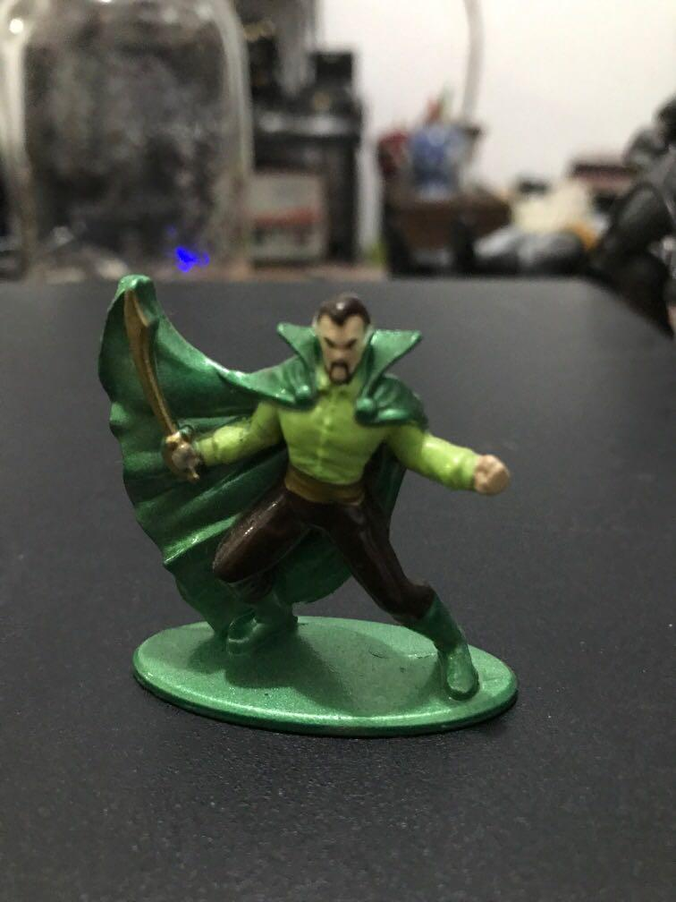 Nano Metal Mini Figure DC : Ras Al Ghul